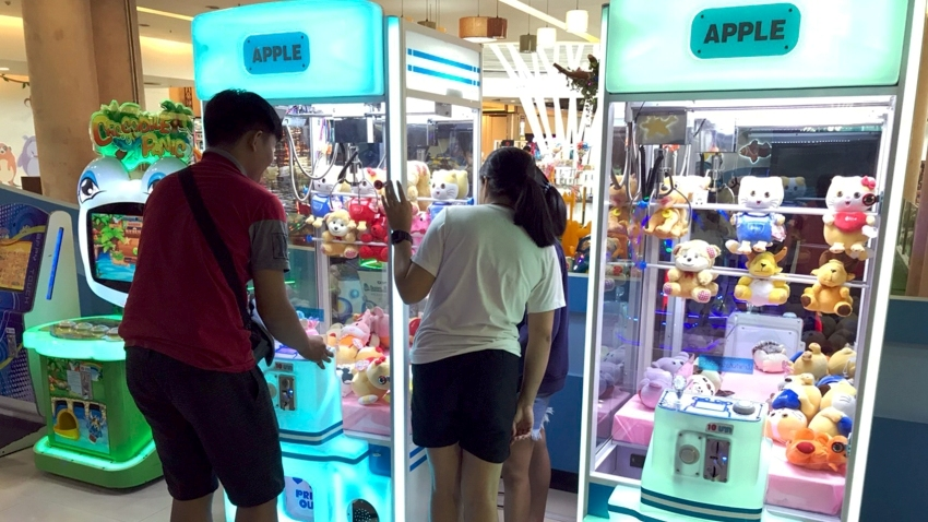Crane claw machines banned